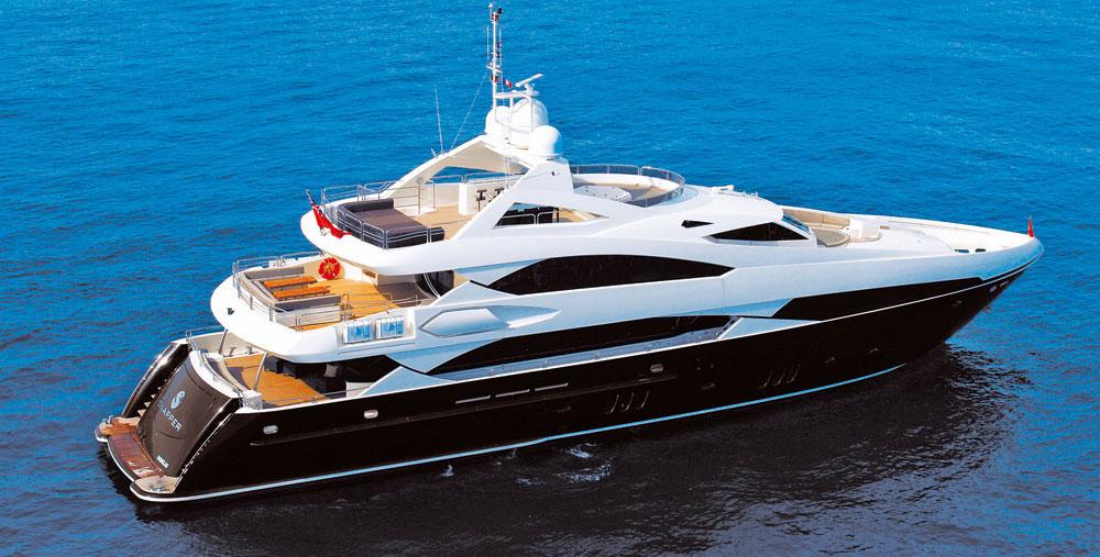 Chris Evans plans to charter Eddie Jordan's superyacht