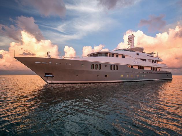 Charter yacht Dream