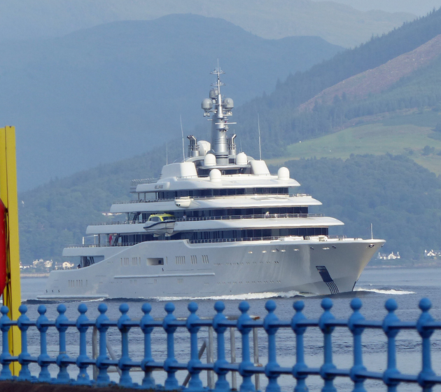 Roman Abramovich S Eclipse Arrives On The Clyde Superyacht World