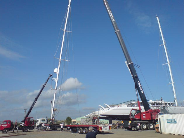 42m Catamaran (Ketch) – Rig Removal