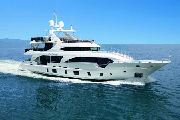 My Paradis, the first of three 108-foot in the Tradition Supremes line by Benetti
