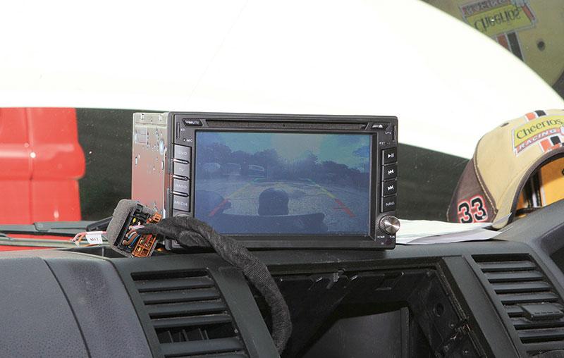 double DIN head unit, Sat nav & reversing camera