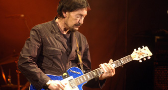 Win! Tickets to intimate invite-only Chris Rea Gig! - Uncut