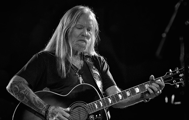 exclusive watch the new video for gregg allman 39 s song for adam uncut. Black Bedroom Furniture Sets. Home Design Ideas