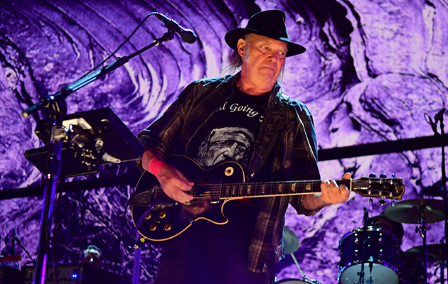 Watch Neil Young reunite with Crazy Horse