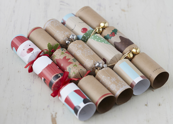 how to make your own christmas crackers the field. Black Bedroom Furniture Sets. Home Design Ideas