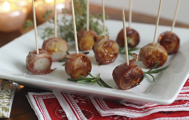 Fried scallop canap s a decadent christmas treat the field for Canape insurance