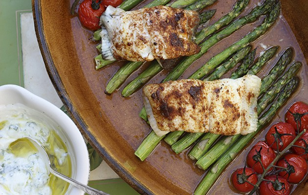 Plaice with ras el hanout and roasted asparagus