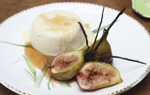 Panna cotta with vanilla poached figs