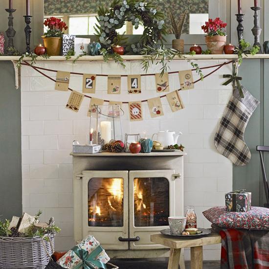 Country christmas living room designs the field - Living room christmas decor ideas ...