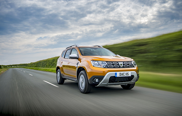 dacia duster the revamped version the field. Black Bedroom Furniture Sets. Home Design Ideas
