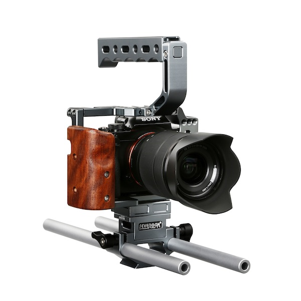 The Sevenoak SK-A7C1 cage is compatible with Sony 7-series cameras and comes with a built-in wooden handle