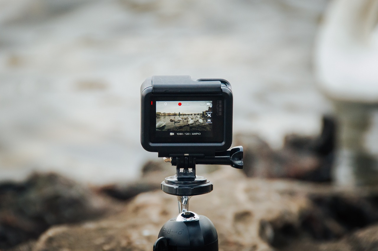Watch Incredible Footage As GoPro Films Itself Being Melted By - 33 incredible photos taken gopro
