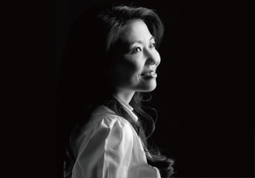 Jeannie Cho Lee