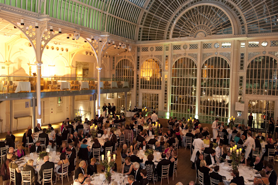 Stars Out In Force As Wine Gala Dinner Raises The Roof At