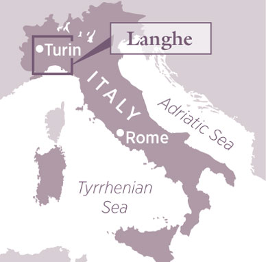Langhe Italy Map.Decanter Travel Guide Langhe Piedmont Italy Decanter