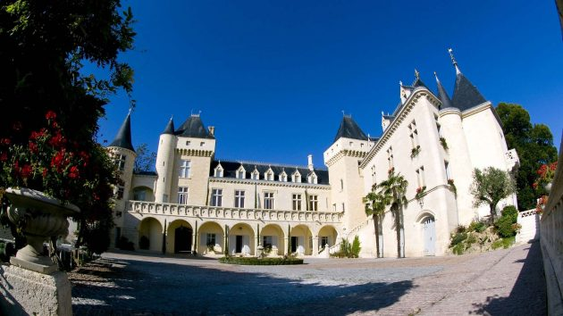 chateau-de-la-riviere