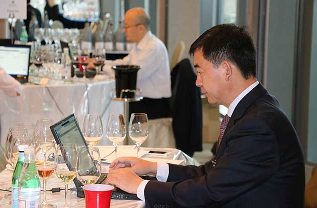 Decanter Asia Wine Awards 2015, Dawa 2015, Li Demei begins judging week