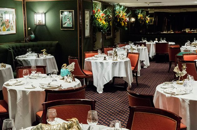 Le Gavroche: Restaurant Review
