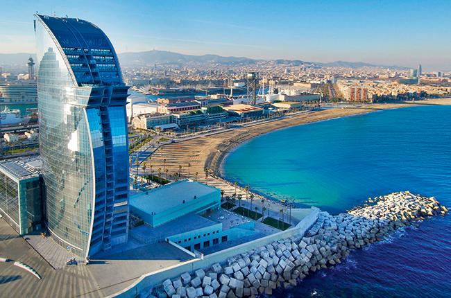 Barcelona restaurants, hotels, shops