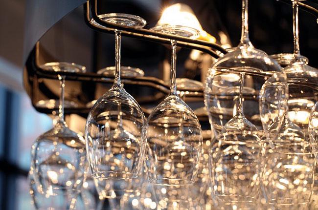 Dishwasher-safe glasses