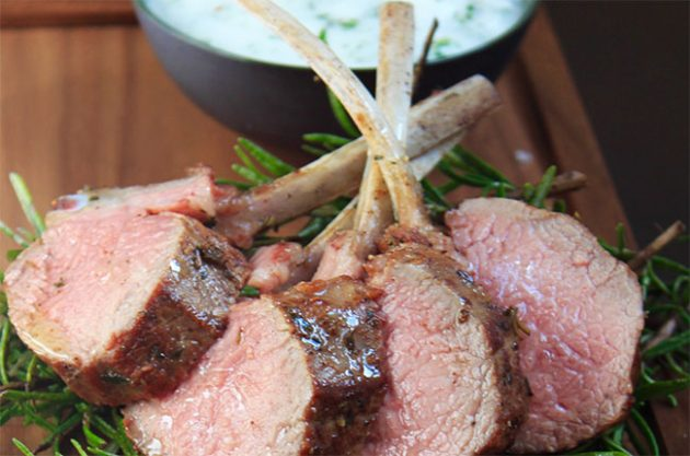 Marinated lamb chops with garlic and herb sauce