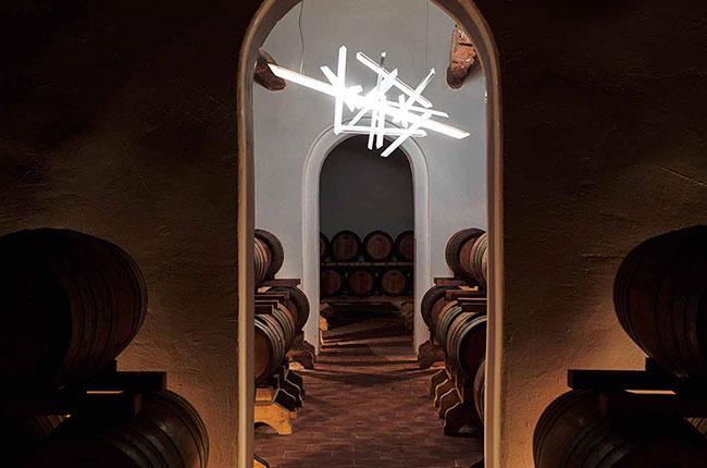 Wine art treasure hunt