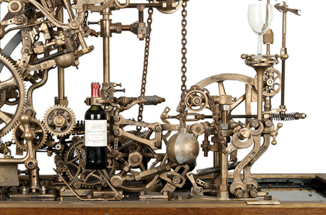 Self-pouring wine machine