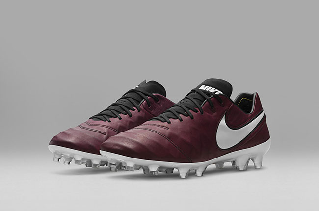 Nike Pirlo, football boots