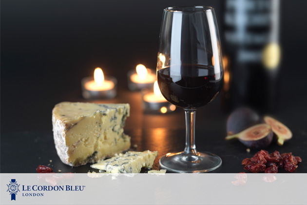 wine with blue cheese