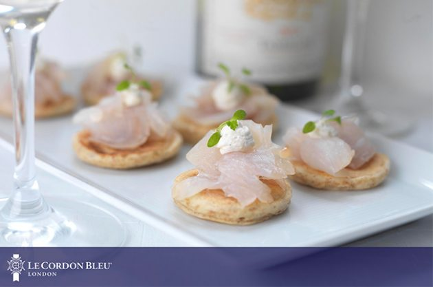 Canapés and wine