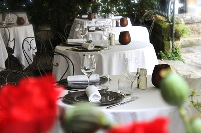 anson guide to bordeaux ch teaux restaurants decanter. Black Bedroom Furniture Sets. Home Design Ideas