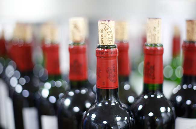 How long should you keep wine open ask decanter decanter for How to preserve wine after opening