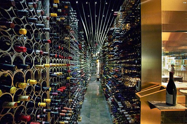 wine restaurants. Monvinic