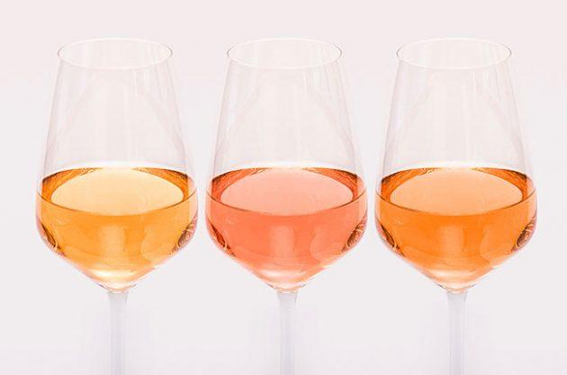 pale rosé wine colour