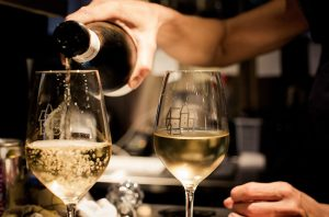 what is sommelier