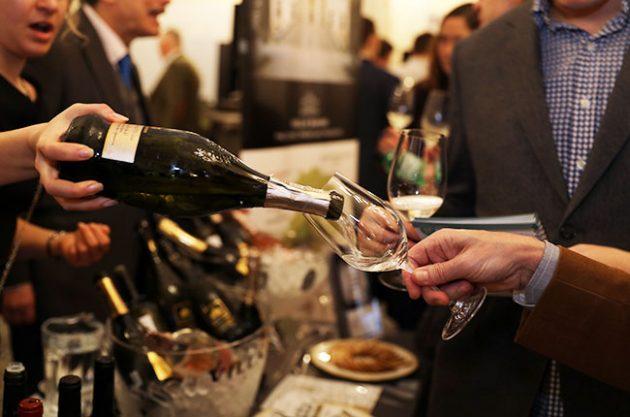 Wine tasting etiquette – ask Decanter