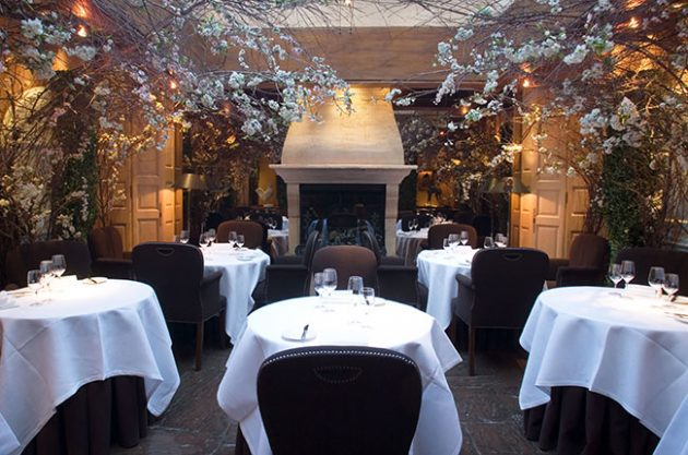 Romantic Restaurants For Valentine S Day Dinner Decanter