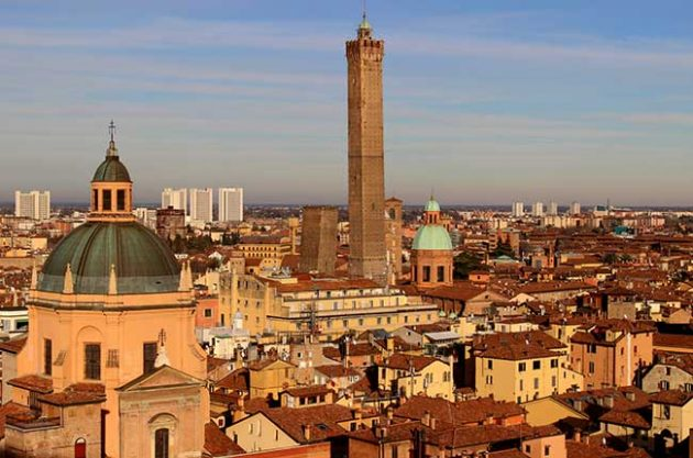 Top restaurants and wine bars in Bologna