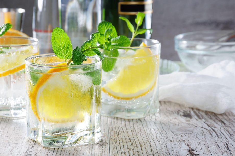 glasses of white Port and tonic