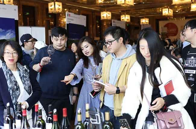 Chinese wine consumer