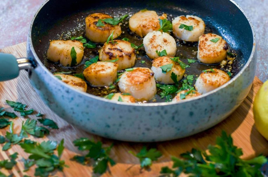 Wines with scallops: What sommeliers drink