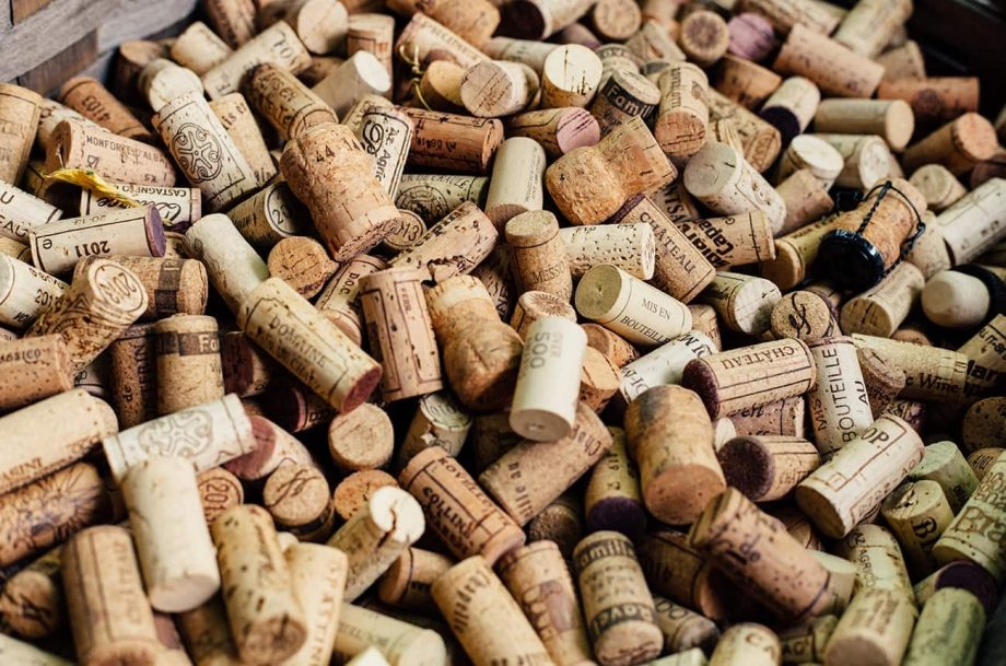 corked wine Amorim