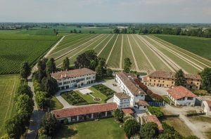Prosecco estate for sale