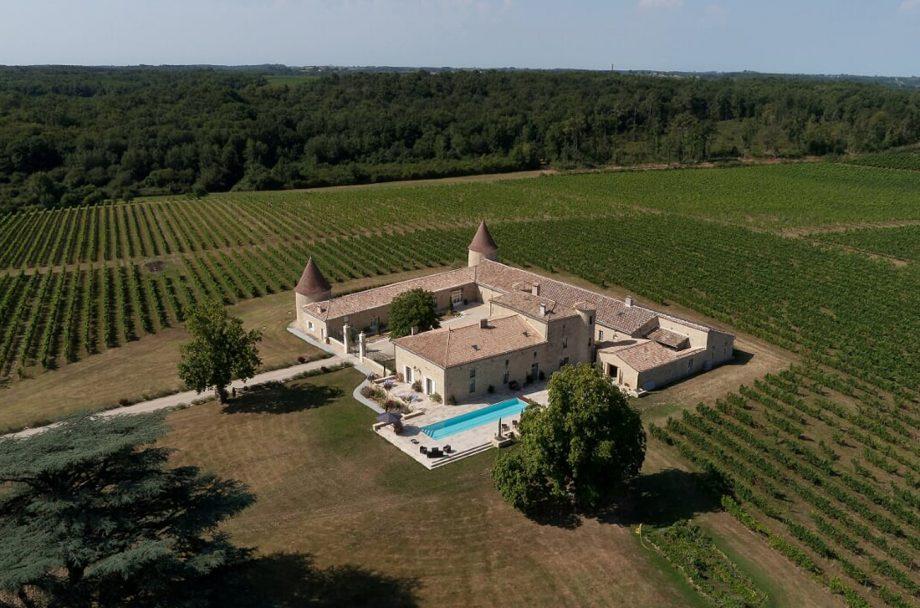 luxury Bordeaux château, Restored château in the Entre-deux-Mers