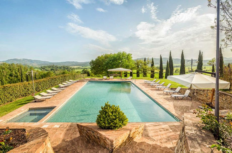 luxury Tuscan vineyard estate for sale