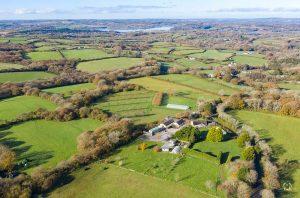 Cwm Deri, Welsh vineyard sale