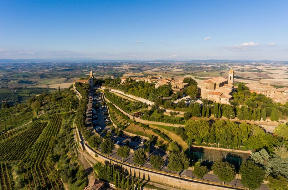 The hilltop town of Montalcino, home to Rosso di Montalino wine