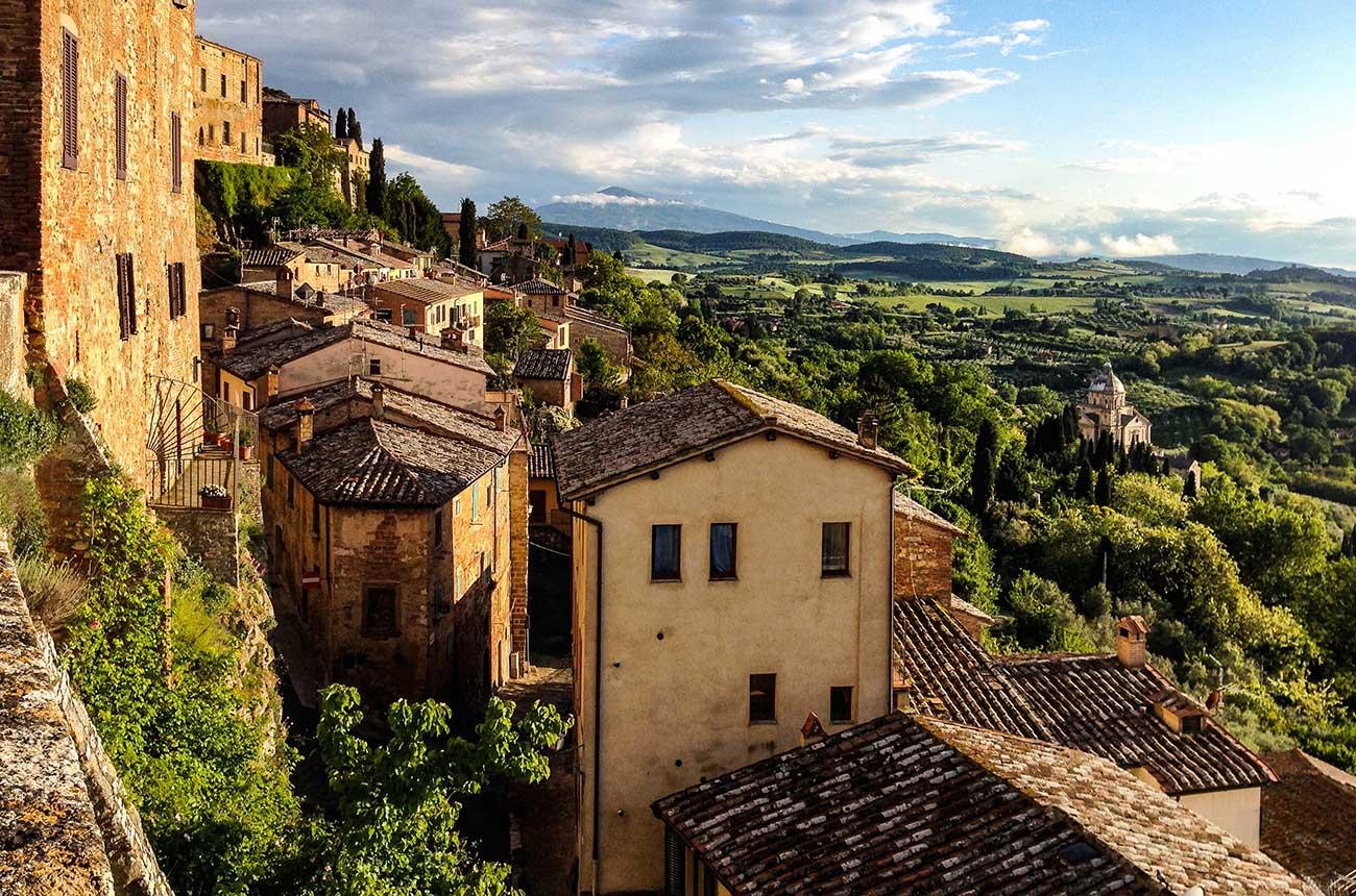 Frescobaldi buys first wine estate in Montepulciano - Decanter