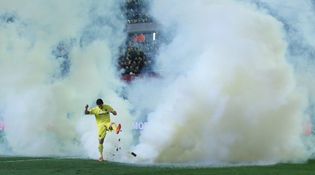 Villarreal smoke bomb